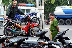 Triệu tập 32 thanh niên tụ tập, đua xe ở Đà Lạt