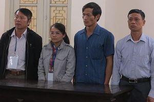 Nhiều lãnh đạo xã thoát tội trong vụ cặp vợ chồng 'ăn' tiền chính sách