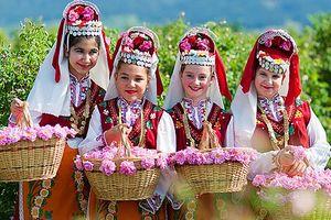 Lễ hội hoa hồng Bulgaria lần thứ 2 được tổ chức tại Hà Nội