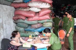 Vụ cà phê trộn sỏi và nhuộm pin: Công an Đắk Nông khẩn trương điều tra làm rõ