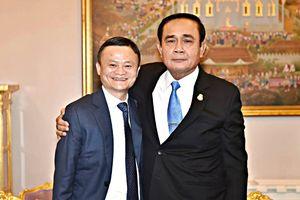 Thủ tướng Thái Lan đặt hàng Jack Ma