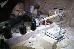 Cận cảnh kho chứa vũ khí hóa học của phiến quân vừa bị phát hiện ở Syria