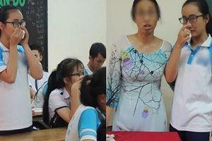 Kỷ luật cảnh cáo 12 tháng cô giáo im lặng không giảng bài