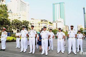 Hải quân Hoàng gia Australia tưởng niệm Chủ tịch Hồ Chí Minh
