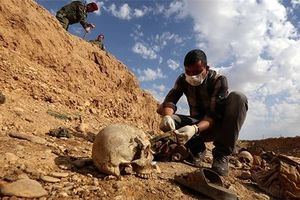 Syria phát hiện hố chôn 112 thi thể ở Douma