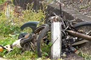 Tin tức tai nạn giao thông nóng nhất 24h: Băng qua đường sắt, cụ ông bị tàu đâm tử vong