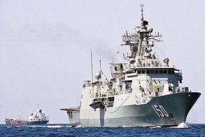 Ba tàu chiến Úc chạm mặt tàu Trung Quốc trên biển Đông