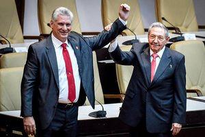 Thời khắc chuyển giao lịch sử mở ra kỷ nguyên 'hậu Castro' ở Cuba