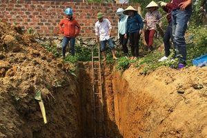 Vụ giếng nước nhiễm dầu: Phát hiện mạch dầu dưới độ sâu 6m