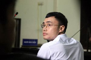 Vì sao cựu nhà báo Lê Duy Phong không bị xử lý về tội nhận hối lộ?