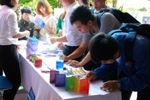 Đà Nẵng: Triển lãm ảnh về chủ đề LGBT thu hút nhiều sinh viên
