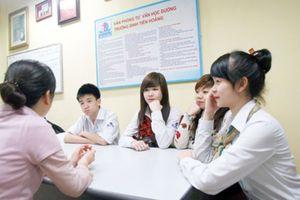 Tư vấn tâm lý học đường: Để trường học bình đẳng và an toàn