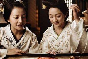 Từng 'cạch mặt' nhau, Triệu Vy và Châu Tấn bỗng thân thiết bất ngờ
