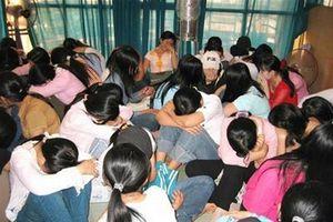 Thủ đoạn mới của đối tượng lừa bán phụ nữ trẻ qua biên giới