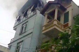 Hà Nội: Trường mầm non bốc cháy ngùn ngụt giữa trưa