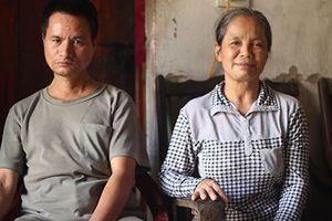 Người mẹ bị lừa bán: Về quê mà như xứ lạ