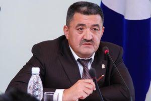 Thị trưởng thủ đô Kyrgyzstan cải trang vi hành