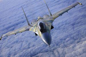 Máy bay Nga liên tục cân não tàu chiến Pháp ở Syria