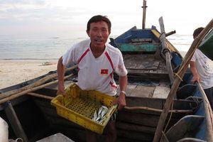 Tận diệt thủy sản ven bờ