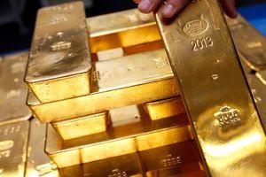 Ly kỳ vụ kiện UBND TP HCM đòi 10 kg vàng hồi môn