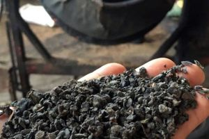 Vụ 'cà phê trộn pin': Đường đi của phế phẩm cà phê, sỏi nhuộm pin