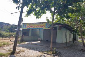 Đà Nẵng: Bị công an kiểm tra dương tính với ma túy, 3 côn đồ chém cô gái đứt bàn tay