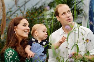 Nguyên tắc dạy con 'bình dân' không ngờ của Hoàng tử William và Công nương Kate