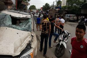 Tài xế 'bẻ lái cứu 2 nữ sinh' đã nộp tiền sửa xe Toyota bị đâm hỏng