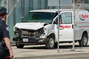 Đâm xe tại Canada, ít nhất 10 người thiệt mạng