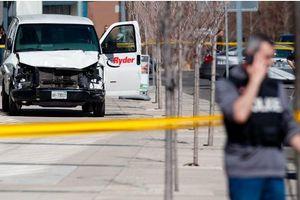 Hiện trường vụ đâm xe tải ở Canada khiến hàng chục người thương vong