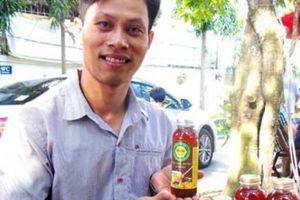 Bỏ 15 năm làm kĩ sư xây dựng, tạo thương hiệu mật ong rừng U Minh