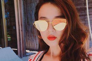 Hot Face sao Việt 24h: Midu khoe vòng một lấp ló khi đi du lịch