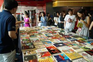 Trường đại học quốc tế khuyến khích văn hóa đọc