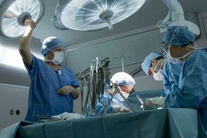 Lần đầu tiên phẫu thuật thành công dương vật cho một cựu binh Mỹ