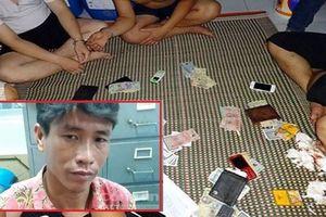 Qua phòng bạn xem đánh bài, người đàn ông bị đâm chết