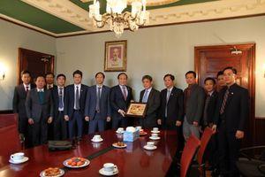 Đoàn đại biểu Thành phố Hà Nội thăm, làm việc tại Canada và Cu Ba