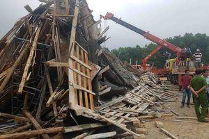 Vụ sập giàn giáo tại Huế: 11 công nhân thoát chết