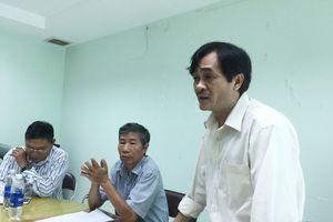 Hội Nhà văn TP.HCM đồng ý cho ông Phan Hoàng rút khỏi Hội đồng Thơ