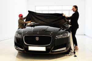 Phương Uyên và Thiều Bảo Trang tậu xe sang Jaguar hơn 3 tỷ