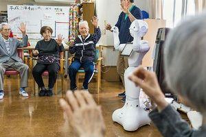 Khi người già phải tìm vui vào những 'người bạn' robot