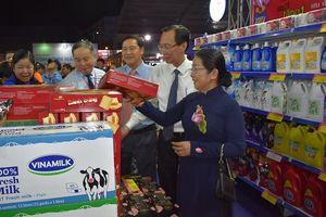Khai mạc Hội chợ triển lãm Tôn vinh hàng Việt năm 2018 tại TP. HCM