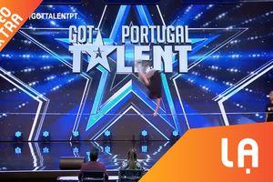 Hai chàng trai nhào lộn ngoạn mục trên dây tại Portugal Got Talent