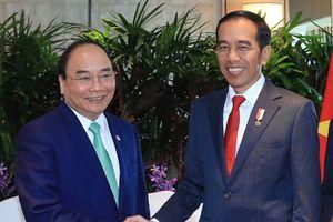 Thủ tướng Nguyễn Xuân Phúc tiếp xúc song phương Tổng thống Indonesia và Myanmar