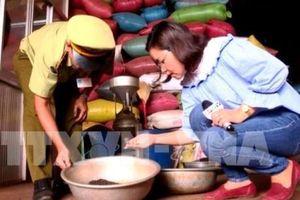 Khuyến cáo doanh nghiệp thận trọng mua bán hồ tiêu nguyên liệu