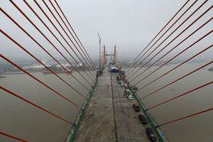 Hợp long cầu Bạch Đằng, từ Hà Nội đi Quảng Ninh chỉ còn khoảng 1 giờ 30 phút