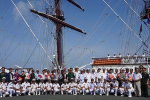 Tàu Hải quân Nhân dân Việt Nam thăm hữu nghị Campuchia