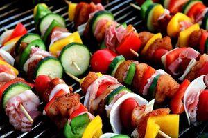Đồ nướng: Làm gì để an toàn khi ăn?