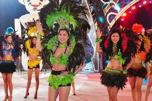 Hàng trăm vũ công 'đốt mắt' khán giả trong đêm hội Carnaval Hạ Long 2018