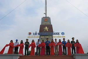 Khánh thành Cột cờ Tổ quốc đảo Hòn La