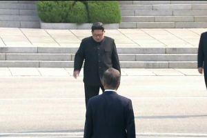 Truyền thông Triều Tiên ca ngợi 'cuộc gặp gỡ lịch sử'' Kim-Moon
